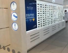 Lighting Wooden Polarized Sunglass Display Stand Lockable Optical Shop Interior Design