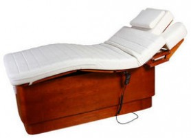 Ergonomic wood adjustable electric massage table facial bed